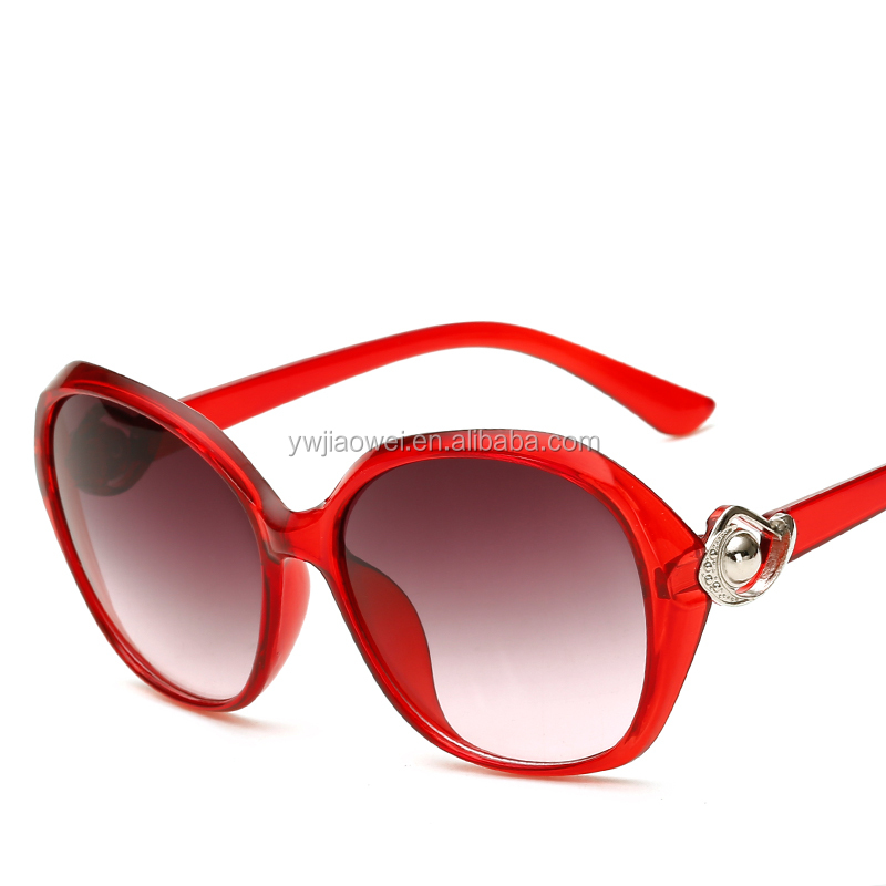 Made in china wholesale sunglasses women fashionable PC sun glasses