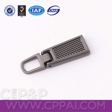 Common clothing core-pulling Sliding high quality zipper puller metal slider