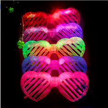 Glow in Dark Toys Glasses LED Light Flashing Heart Window-shades Mask Glasses Toy Light Up Party Supplies Kids Gift