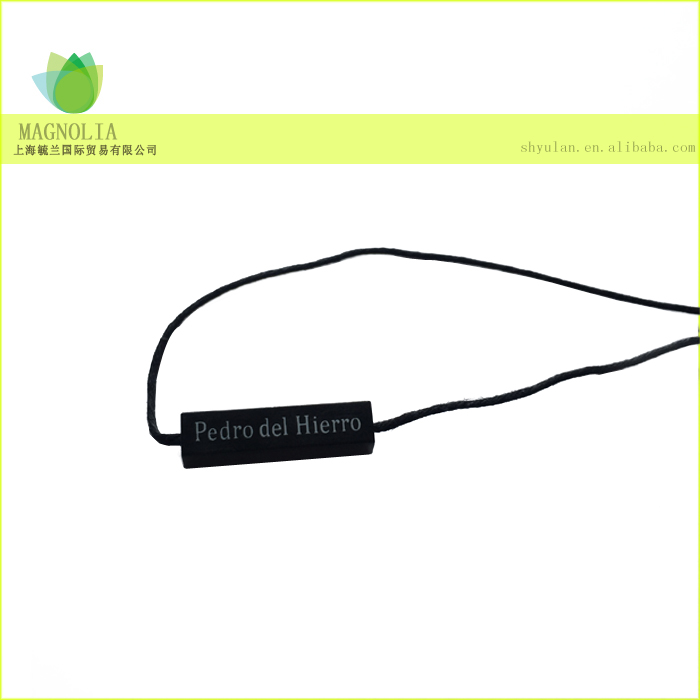 China hang tag plastic cord lock plastic seal tag string hanging tablet for clothing