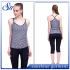 Wholesale Yiwu cross back stringer yoga two-tone tank top for girls
