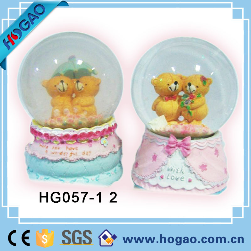 Resin/polyresin custom funny teddy bear snow globe manufacturers