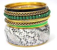 Sexy Wide Metal Fake Snake Skin Match Green Crystal Indian Bangles Factory for Sale