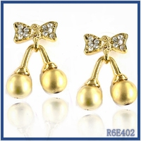 New trend 2016 indian artificial huggie jewellery cute girls party design screw back stud earrings