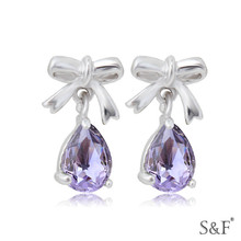 1093 Rhodium Plated crystal avenue earrings