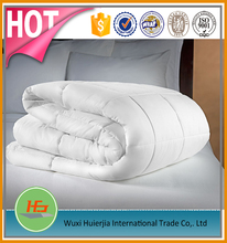 Soft Polyester Filling Quilt For Hotel Bedding