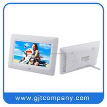 GJT 7 inch digital photo frame with LCD screen display
