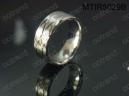 Free of allergies pure tianium ring of 2013 new product ,engraving patent titanium finger ring of high polishing