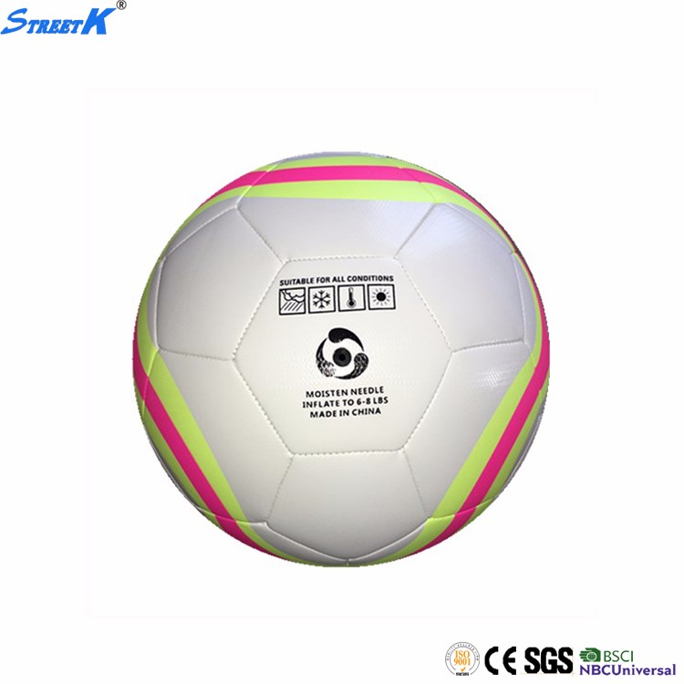 Streetk Brand lot of soccer foot ball wholesale 2017 world cup rubber football ball