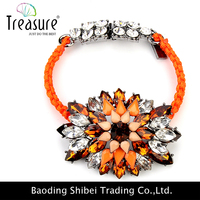 Wholesale Jewelry big rhinestone and acrylic flower design with weave rope chain for women
