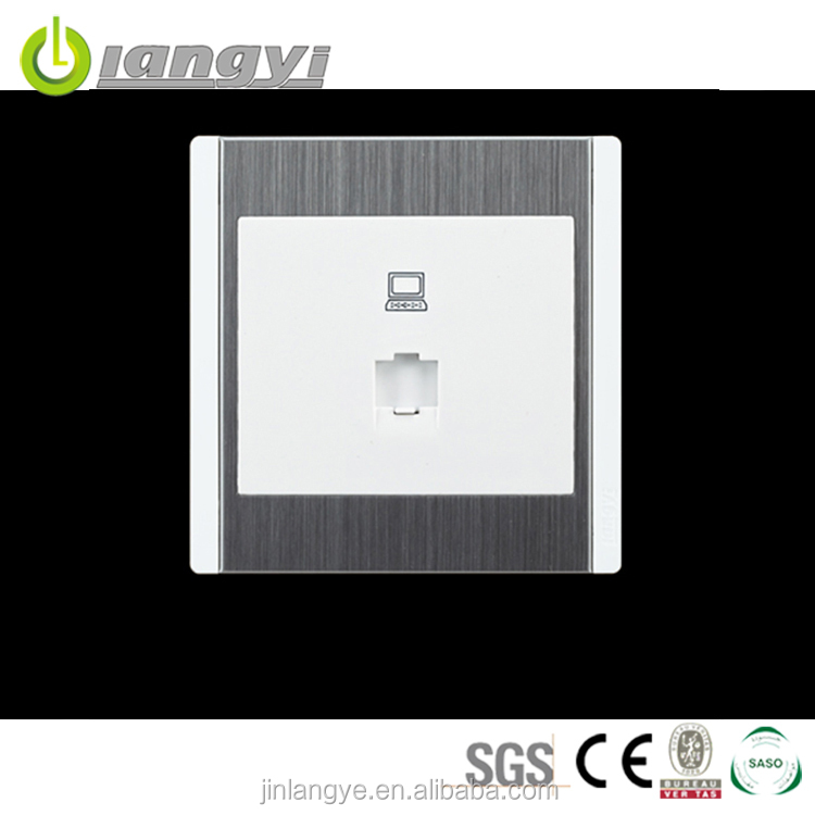 China Manufacturer Hot Sale Europe Network Switch
