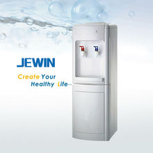 water dispensers have hot and cold water