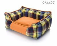 Customized logo checker fashion lucky pet dog beds