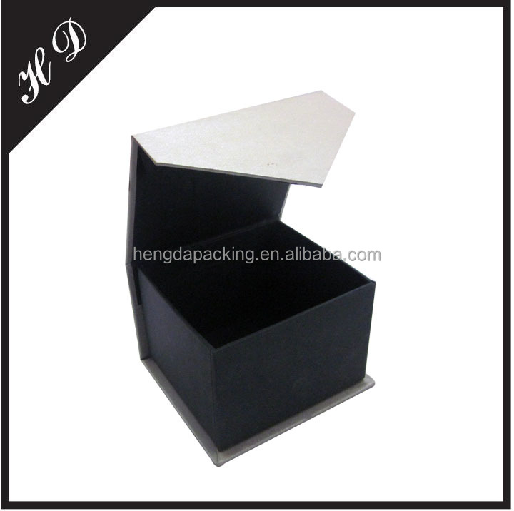 Small Fabric Cover Magnetic Gift Box With Lid Wholesale