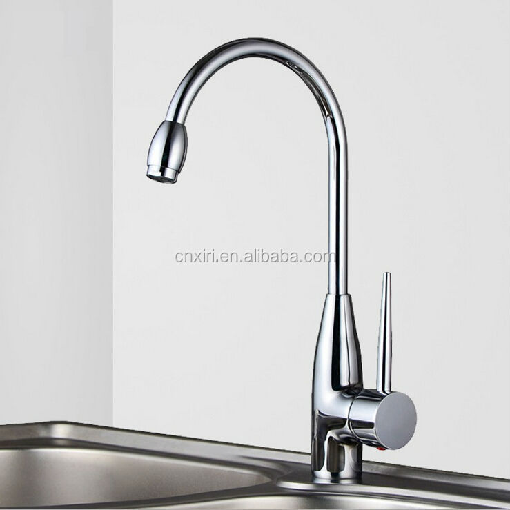 Chrome water spigot kitchen faucet stainless steel 1560