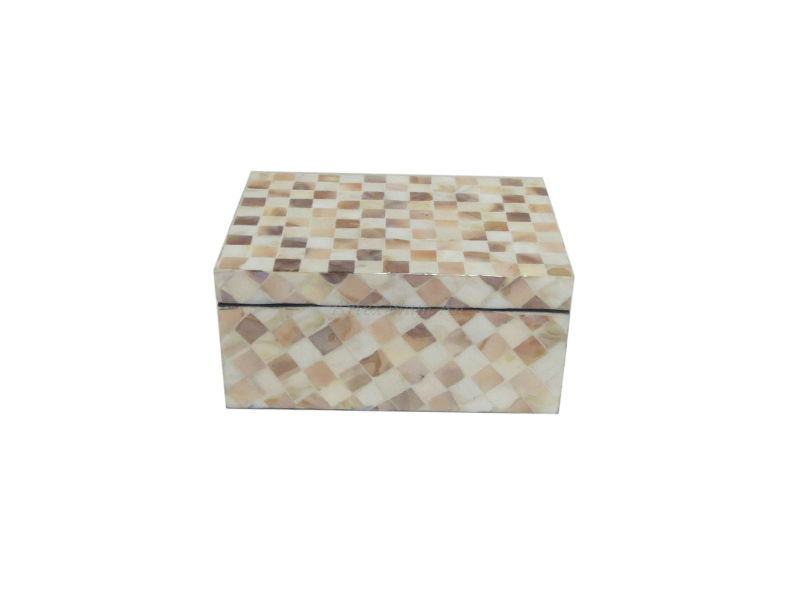 Natural mother of pearl jewelry box