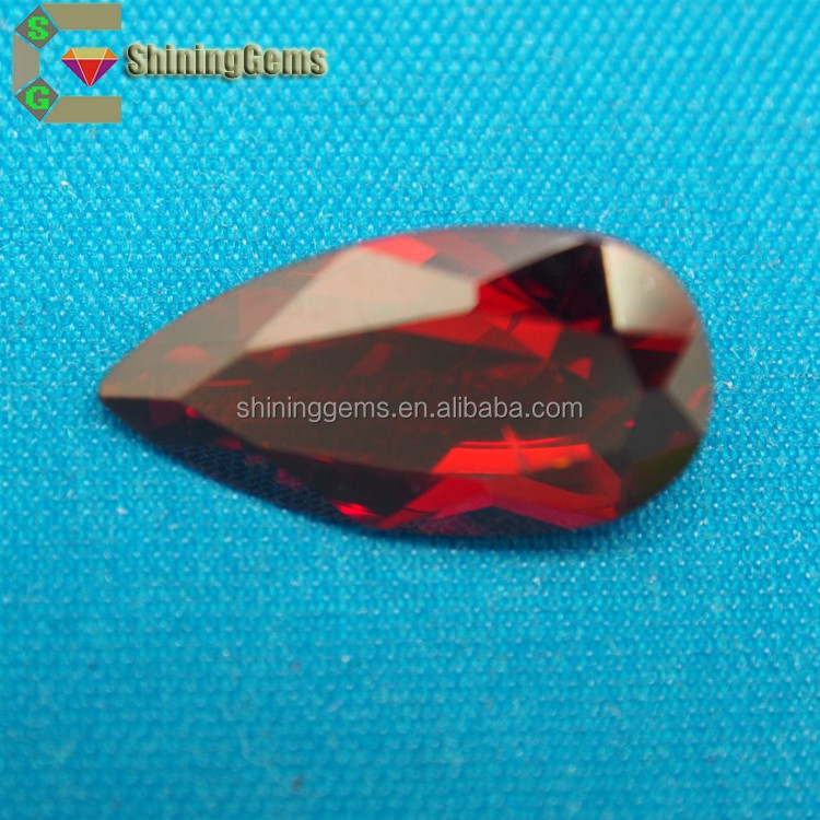 excellent saturated color hot sale pear shaped artificial cz stone for decoration