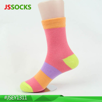 fresh colors girls happy socks made in cotton and elastane
