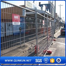 1800mm h x 2400mm L Australia Standard Used Temporary Fence Panel With Blown Moulded Concrete Feet Construction Fencing
