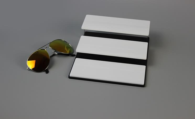 High-quality white plexiglass acylic sunglasses display rack with low factory price