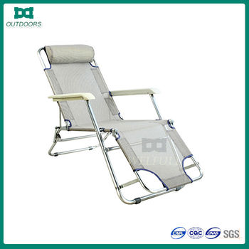 Folding comfortable chairs for the elderly elderly chair for Comfortable chairs for seniors