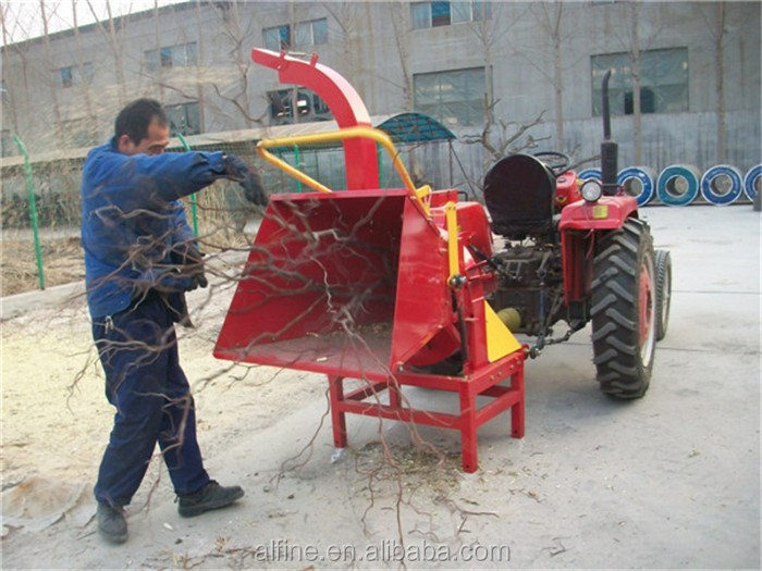 Factory supply high efficiency easy operation self power wood chipper