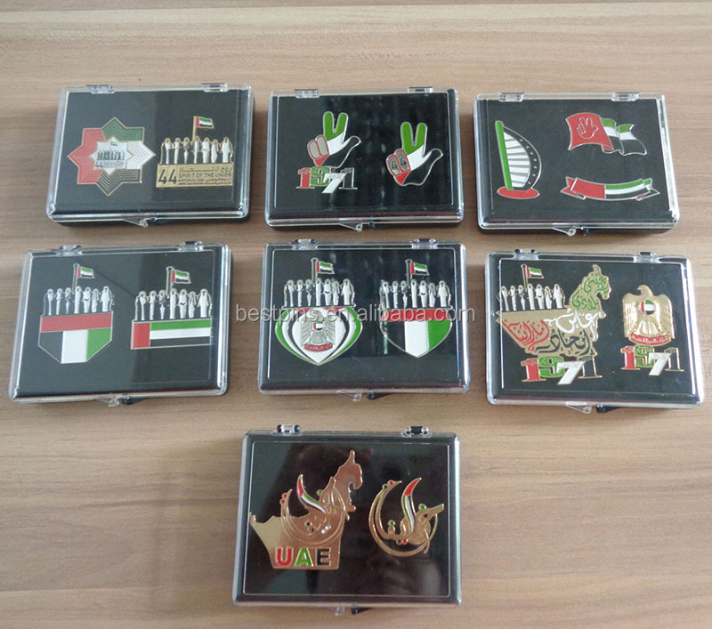 UAE National Day magnet pocket lapel pin badge with transparent acrylic gift box