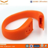 New coming Stylish Waterproof Bluetooth Smart Wristband factory