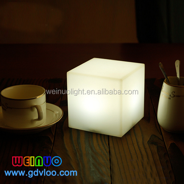 remote control rechargeable battery led cube rgb 10x10x10 led illuminated cube light