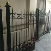 European style designs wholesale galvanized metal picket fences with square tube