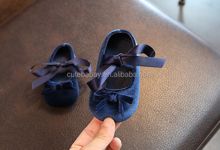 Factory Sale Directly Pleuche Infant Shoes