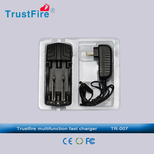 TrustFire High Quality Smart Universal NiMH/li-ion Battery Charger: 3.0V - 4.2V
