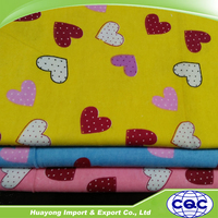 Cheap price printed flannel fabric for baby bedsheet 32*12 heart shaped pattern