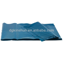 Large strong black plastic bags are suitable for carrying debris, bricks, rubble, sharp items and metal