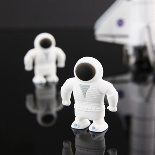 China hot sale kids gift 4gb usb flash drive astronaut usb memory disk space man usb pen drive