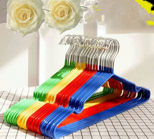 New design decorative wire hanger metal wall hangers plastic clothes coat hanger available