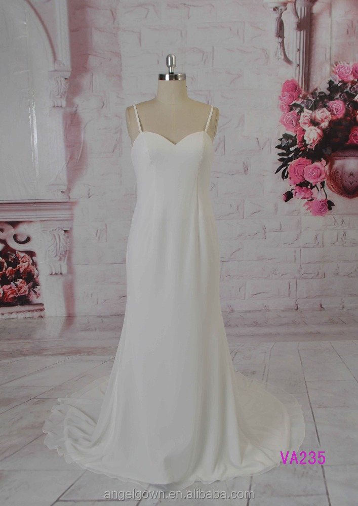 european style spaghetti strap backless Wedding Gown for ladies