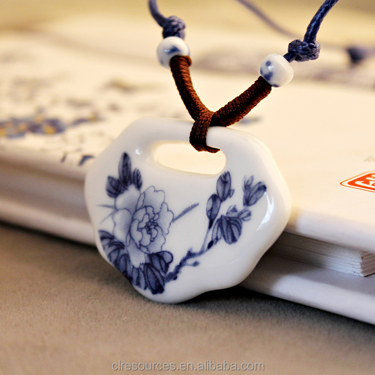 2016 Fashion Men Jewelry Wholesale Blue and White Porcelain Ceramic Pendant Chinese Style Ceramic Necklace