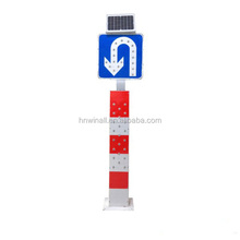 Led traffic signal guide post