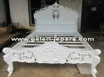 Rococo King Bedroom Furniture - Wooden Mahogany Furniture - Indonesia Furniture Jepara