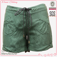 100% linen green color foldable hem girls sexy tight shorts