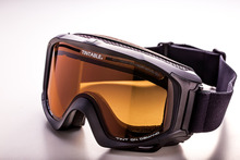 Taiwan Smart Tint Electrochromic Sports Goggle
