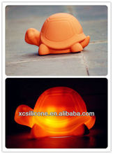 High quality mini decorative silicone night light projector with shade