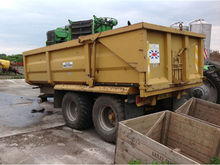 RICHARD WEST BULK TIPPING TRAILER WITH HYDRAULIC TAILGATE