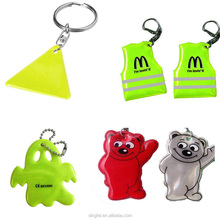 wholesale promotional plastic PVC material Reflective safety pendant keychain stricker