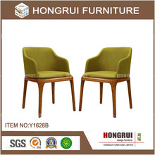 China Manufacturer Wholesale wood design dining chair/ solid wood arm chairs /PU Dining chair