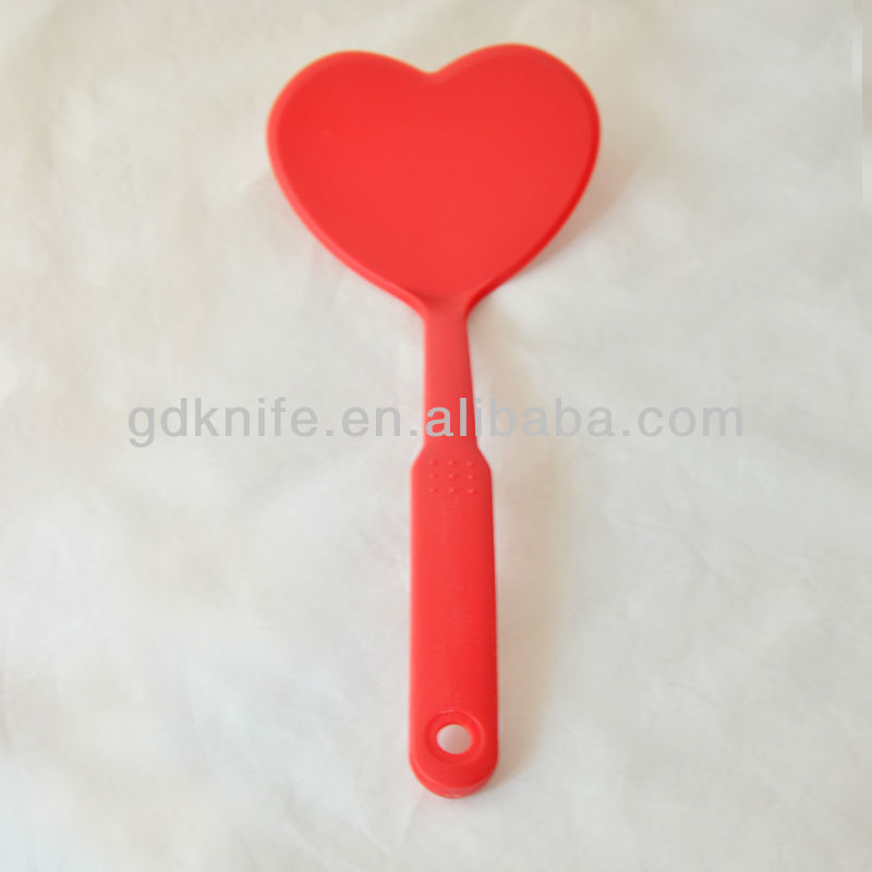 High quality nylon non-stick kitchen slotted shovel,slotted turner in heart shape