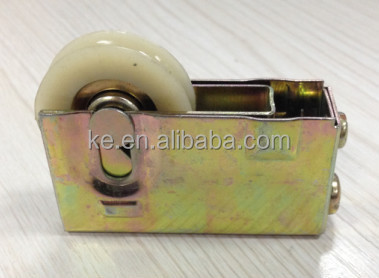 W-200B High quality Africa iron window door roller