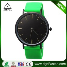 Simple style quartz watch green soft band watch with black dial and watch case