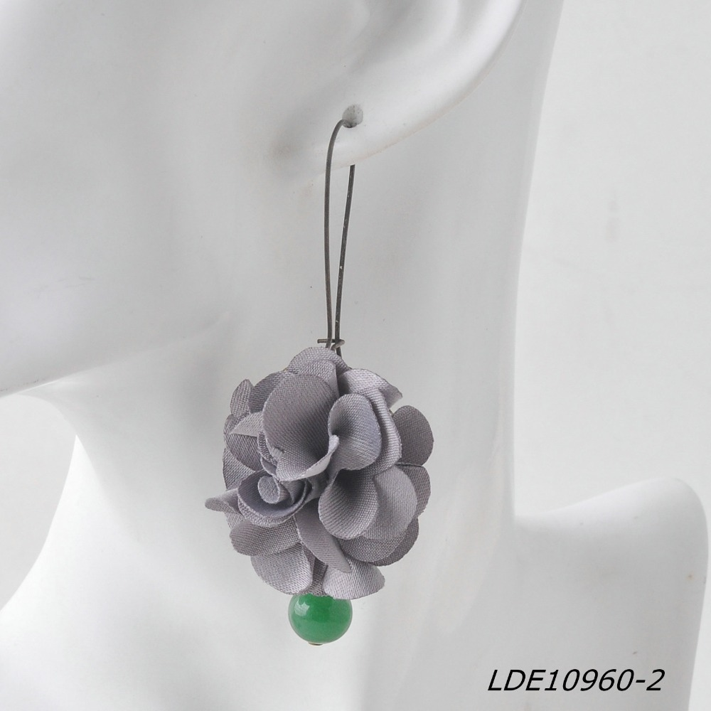 Hydrangea Cloth Flower Turquoise Bead Gray Cloth Antique Zinc Alloy Gold Metal Earring